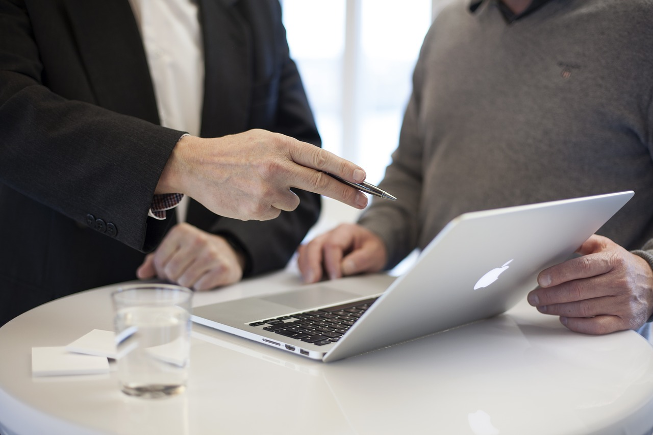 10 Benefits of Hiring Business Consultant Services in 2021